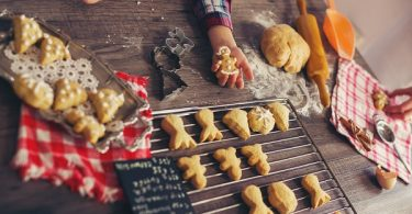 Keeping kids safe in the kitchen this holiday