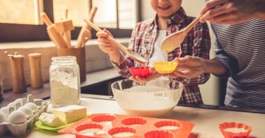 Healthier Holidays: kid-friendly treats